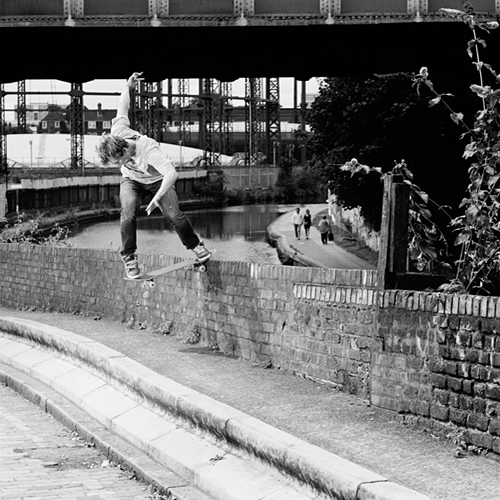 Gustav, nollie backside tailslide, Hackney.
